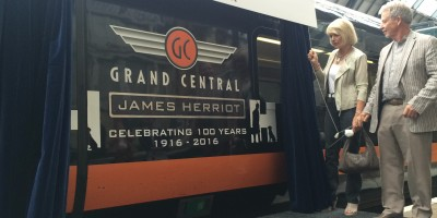 Rosie Page and Jim Wight unveil Grand Central 100th